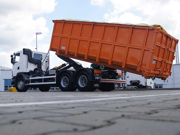 kontener naciężarówce